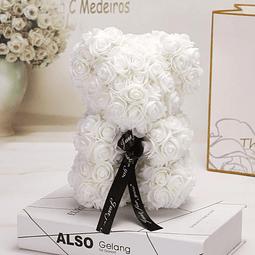 Teddy Blanco con Rosas Artificiales