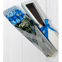 Caja con 12 Rosas Azules