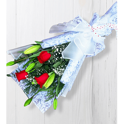 Ramo de 3 Rosas Rojas y Liliums