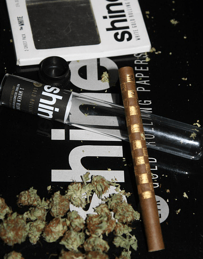Shine Woven Blunt