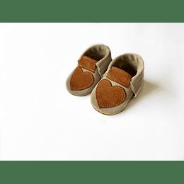 Moccs corazón café Diseño-Exclusivo