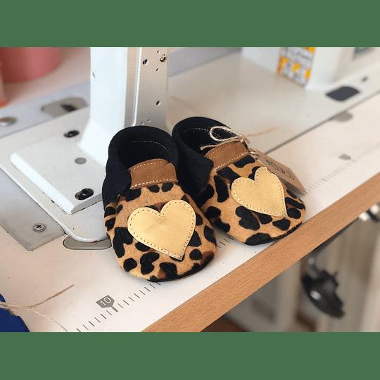 Moccs jaguar corazón dorado Diseño-Exclusivo