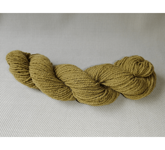 Canelo N°4  - Corriedale hand-dyed wool with natural dyes - Wildlife Friendly