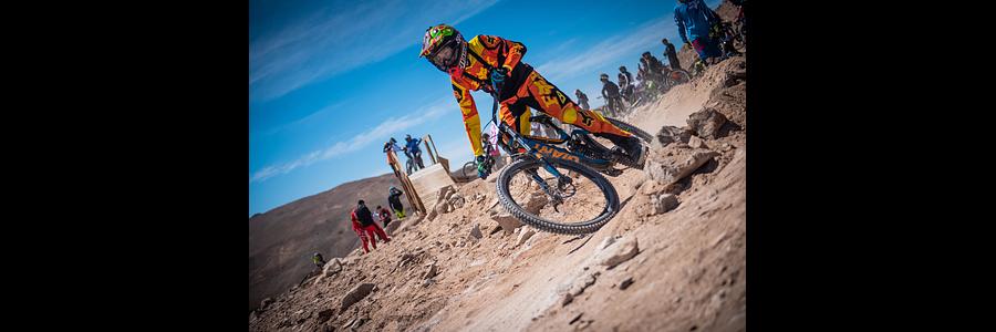 ¿Qué es el downhill?  claramente más que un deporte de descenso en bicicleta