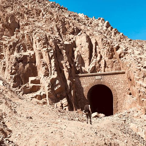 Trekking Túneles de Longino