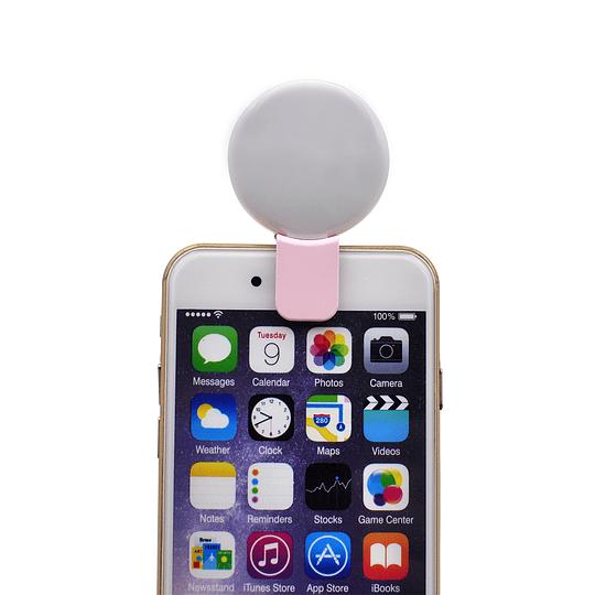 Luz led con clip para celular S1 - Image 1