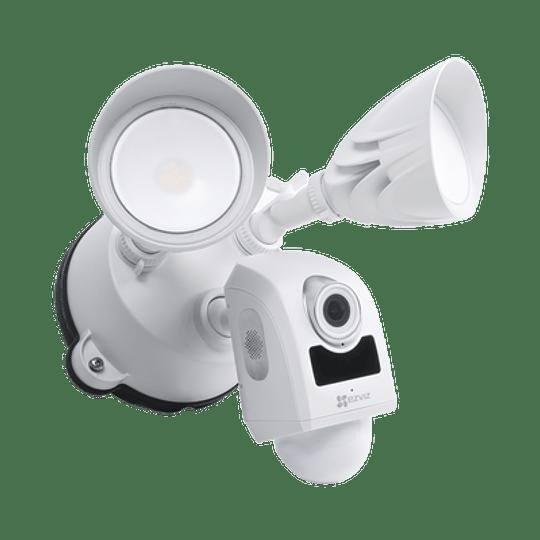 Cámara Ezviz IP 2 Megapixeles, Luz Ultrabrillante, Lente 2.8 mm, Audio de dos vías, Sirena Integrada, Sensor PIR, Micro SD, IP65, Modelo: LC1 - Image 2