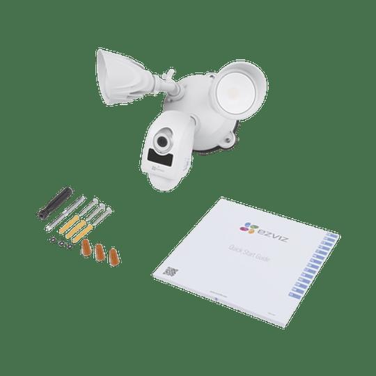 Cámara Ezviz IP 2 Megapixeles, Luz Ultrabrillante, Lente 2.8 mm, Audio de dos vías, Sirena Integrada, Sensor PIR, Micro SD, IP65, Modelo: LC1 - Image 3