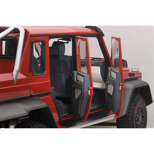 Mercedes-Benz G63 Amg 6X6 Red 1/18