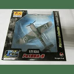 "Avion 1:72 Coleccion Fw190 A-8 ""Blue 4"" Commander Of 121944"