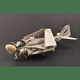 "Avion 1:32 Para Armar A-6A""Intruder"""