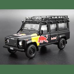 Carro Colección  Land Rover Defender 110 Redbull1/64
