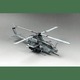 Helicóptero Armado Y Pintado COBRA Ah1Z Viper New