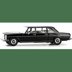 Carro Colección  Mb 220 D Lang Schwarz 1/87