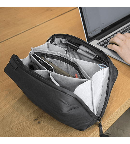 Bolso Peak Design Tech Pouch Negro