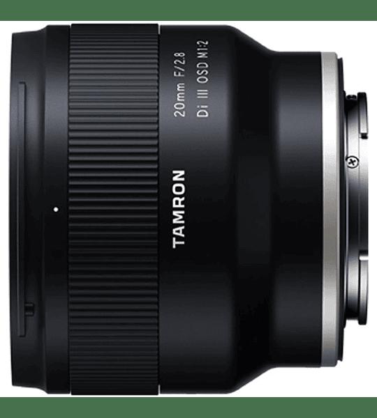 Tamron 20 mm. f2,8  1/2 Macro  D-III Sony FE