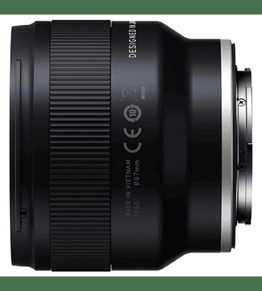 Tamron 20 mm f2.8  1/2 Macro  D-III Sony FE