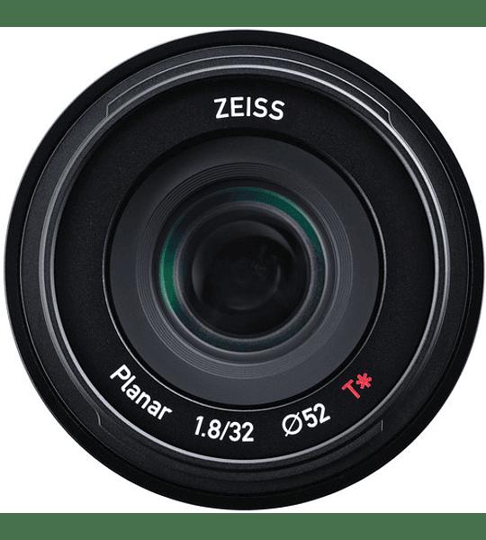 Zeiss Touit 32mm f2.8 (Sony & Fujifilm)