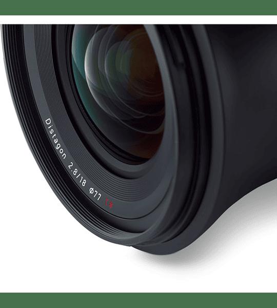 Zeiss Milvus 18mm f2.8 - montura Nikon o Canon