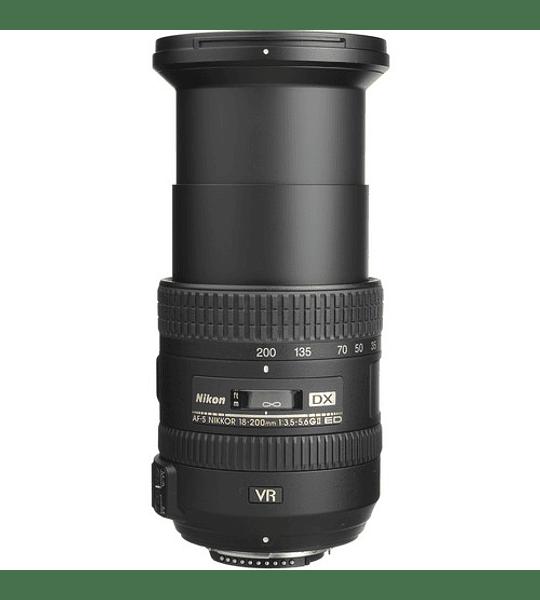 Nikon AF-S DX NIKKOR 18-200mm f/3.5-5.6G ED VR II 🔸