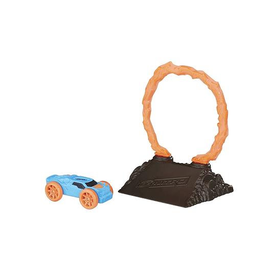 Set de 1 auto con obstáculo Nitro