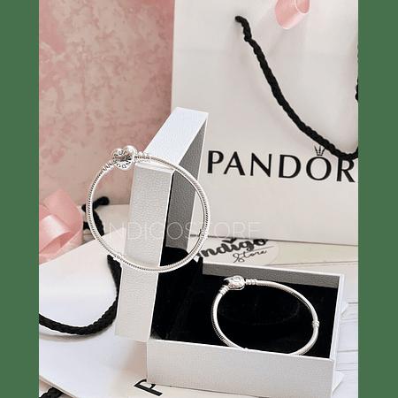 Brazalete Pandora serpiente, broche de corazón