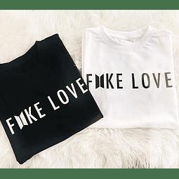 TEE UNISEX / FAKE LOVE