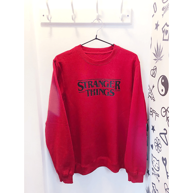 PULLOVER STRANGER THINGS