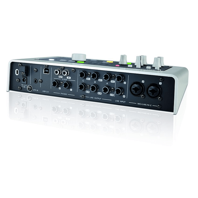 STEINBERG UR28M INTERFAZ DE AUDIO USB2.0 4X6