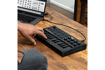 CONTROLADORES MIDI EN GEREE MUSIC