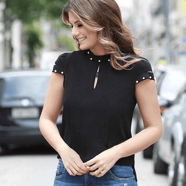 Blusa de moda con perlas