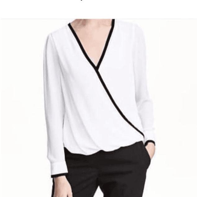 Blusa de moda cuello V