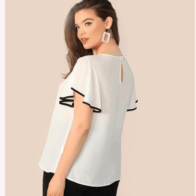 Blusa de moda manga campana y franja negra