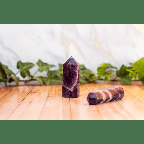 Obelisco de Amatista