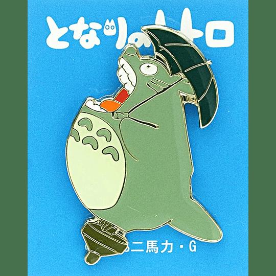 PIN  Totoro Volando