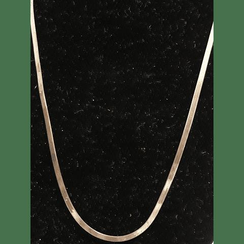 Collar de plata cinta