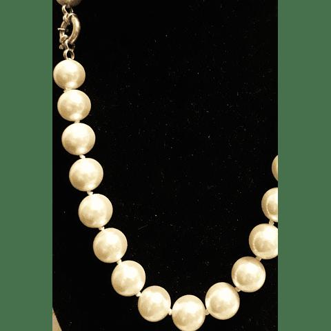 Collar perlas clásico
