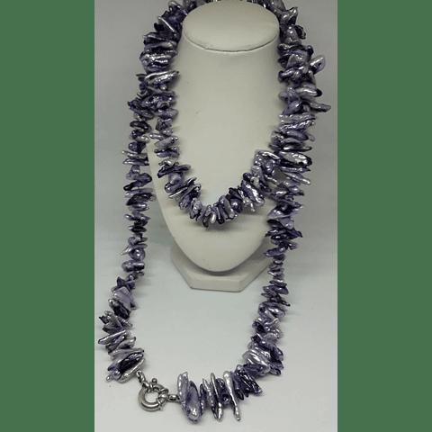 Collar perlas de río lilas