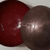 Cuencos de cobre grabados y esmaltados
