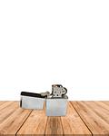 Encendedor A Bencina  Zippo JI18-230