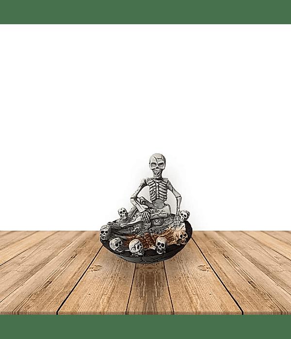 Cenicero esqueleto