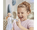 Elsa con luces y sonidos, inspirado en Frozen 2