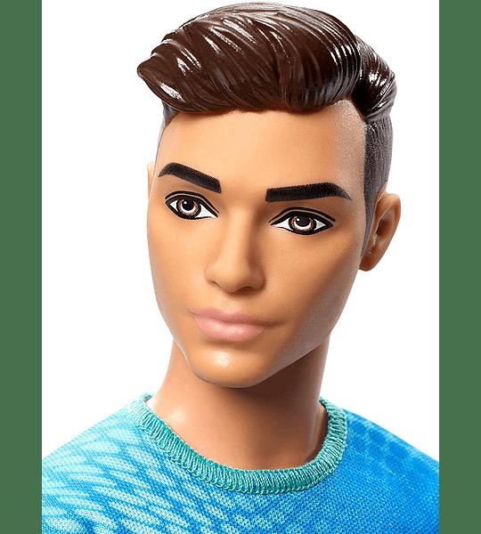 Ken -  Futbolista con accesorios Mattel