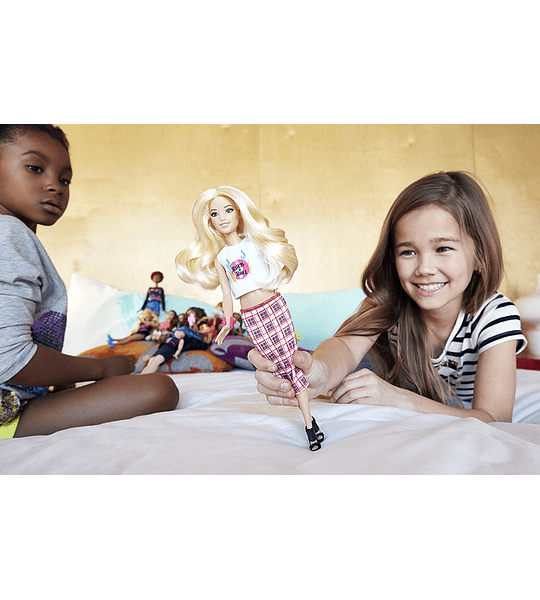 Barbie muñeca fashionista modelo Rock n Roll Baja