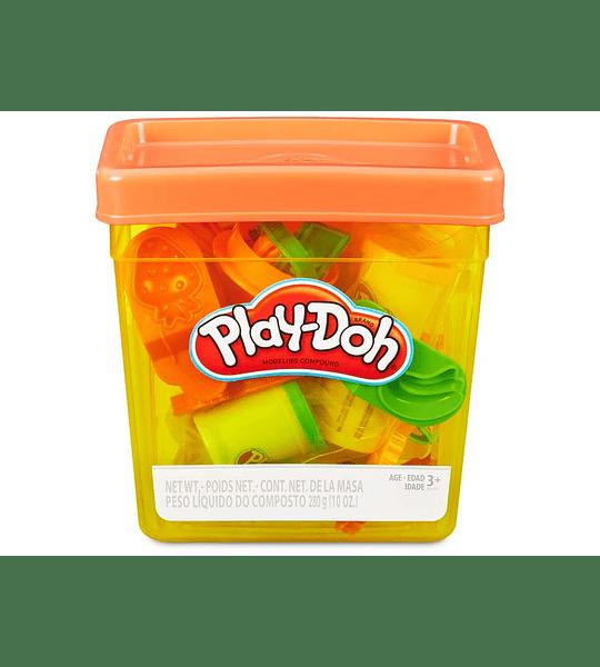Play-Doh- Cubo, Multicolor con accesorios  (Hasbro)