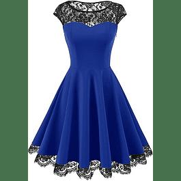 Vestido Acampanado Forma de Corazón Con Transparencia en Hombros De Encaje Plus Kadrihel