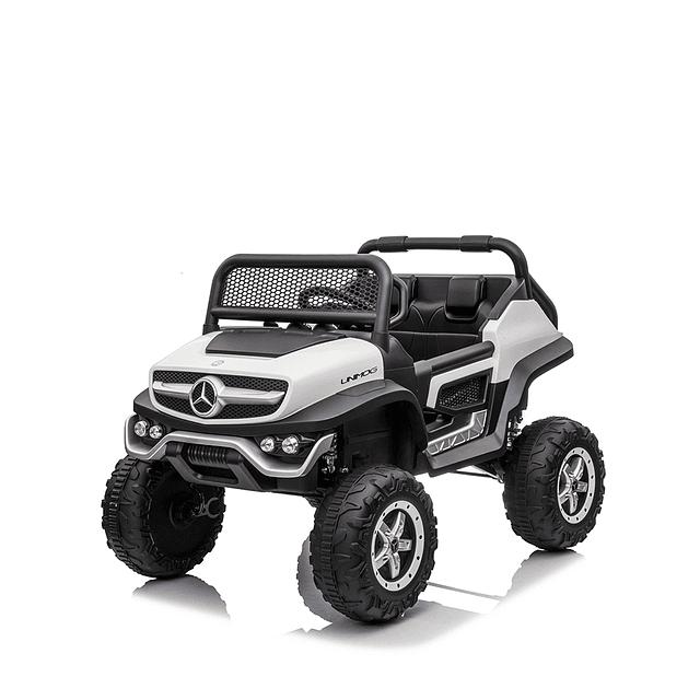 Mercedes Unimog Concept Bateria Blanco