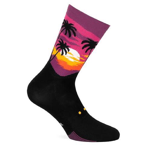 Socks Sunset, Pacific