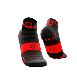 Pro Racing Socks Run Low Cut Ultralight V3 Black/Red, Compressport