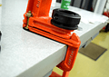 Button Manual Press Table-Fastener